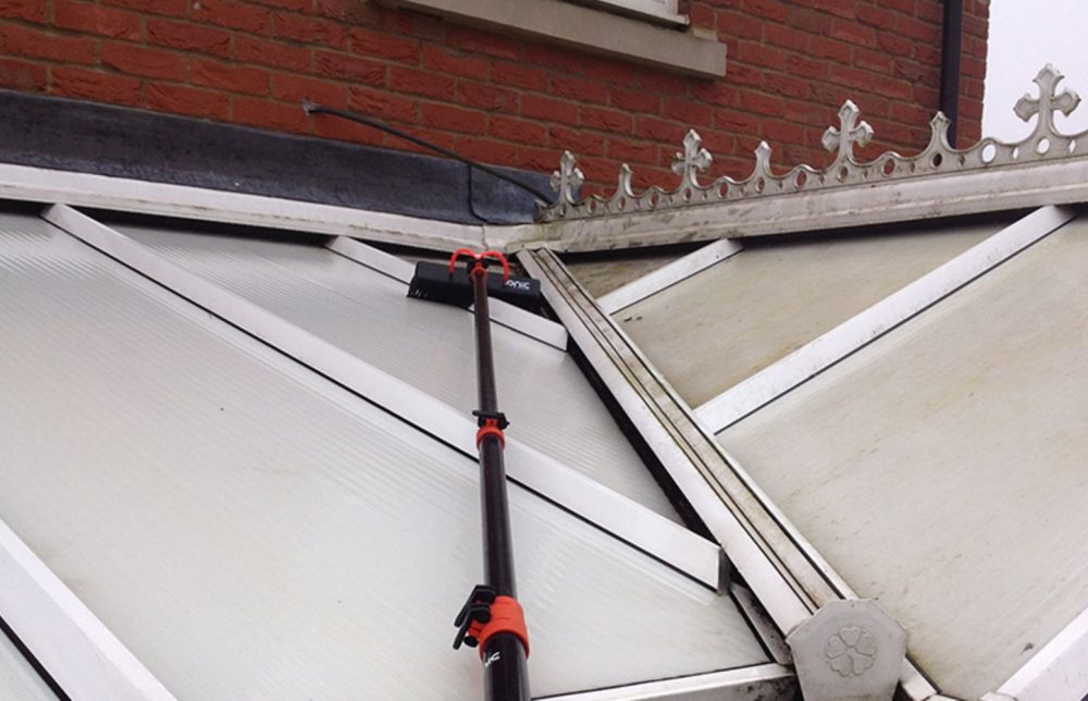 Conservatory cleaning Swindon